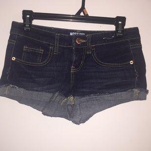 Mossimo jean shorts. 3